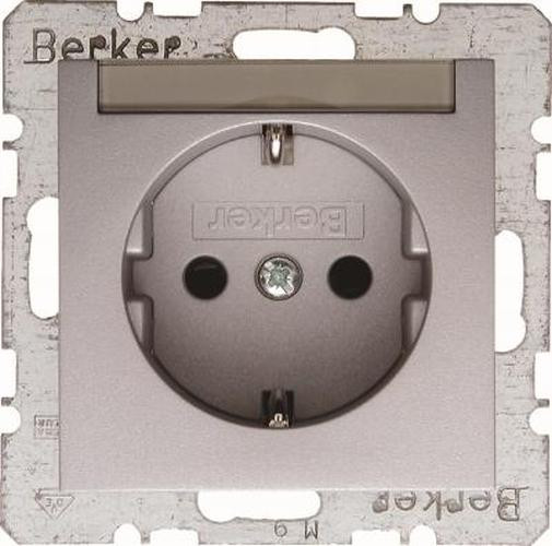 Berker 47491404 Steckdose SCHUKO m. Beschriftungsfeld m. erhöhtem Berührungsschutz B.7 Alu, Matt